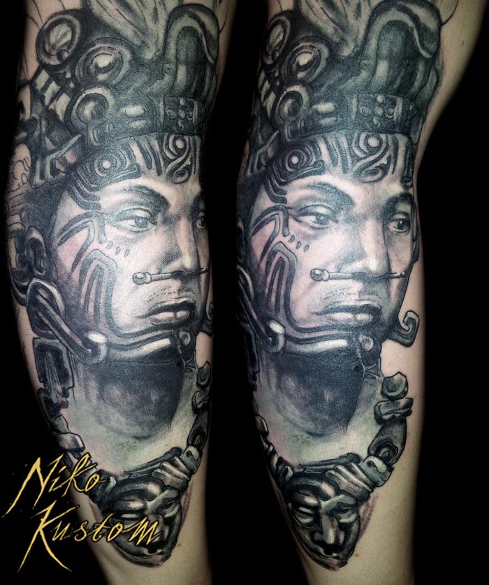 Nouveaux tatouages de Niko